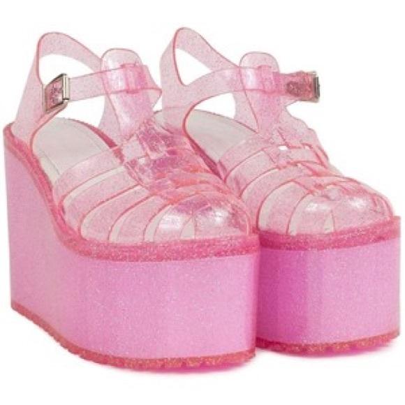 UNIF Hella Jelly Platform Sandals Offers Welcome. M 5a6a9c0ed39ca2e7e9bc9f8e